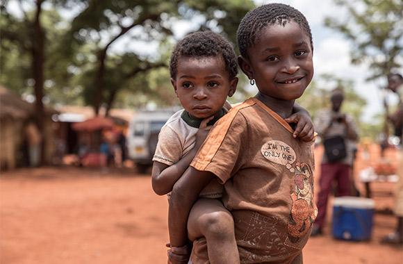 Burundiska flyktingbarn i Tanzania