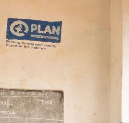 Byggnad med Plan logo